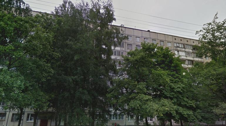 Полуголую женщину нашли на проспекте Художников