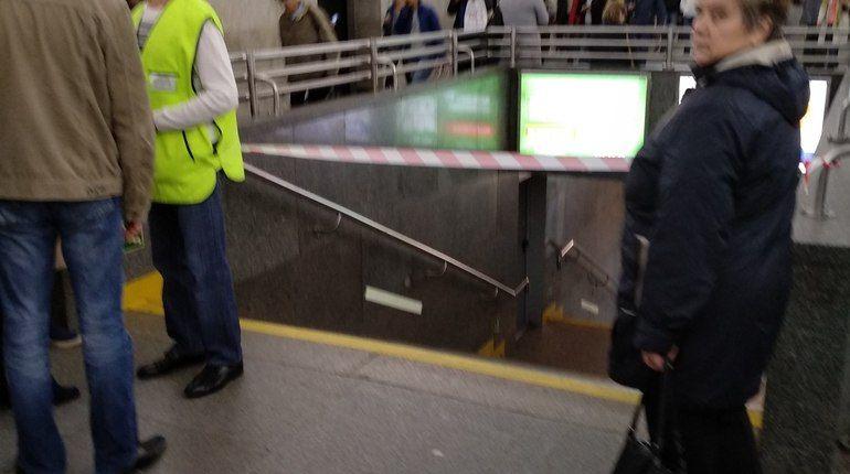 Карманники обчистили шведа в петербургском метро