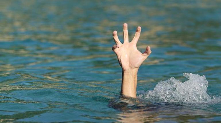 В Озерках нашли утопленника в одних трусах