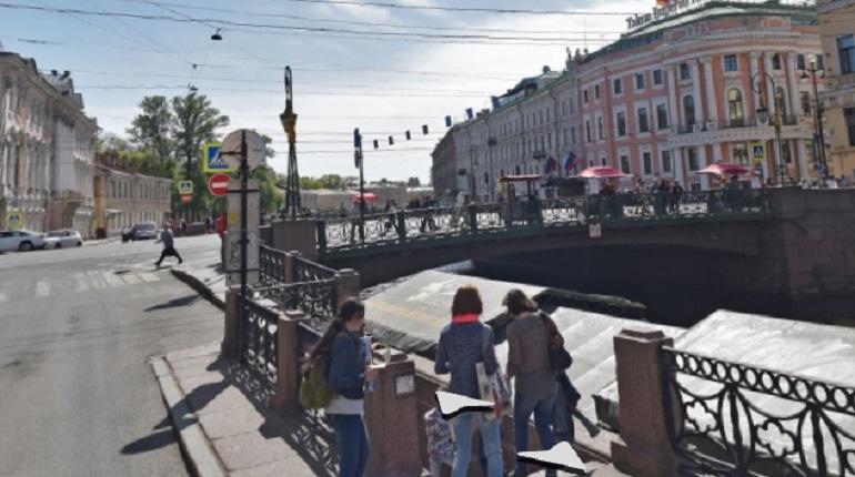 Смольный отдаст 493 млн рублей за ремонт Зеленого моста