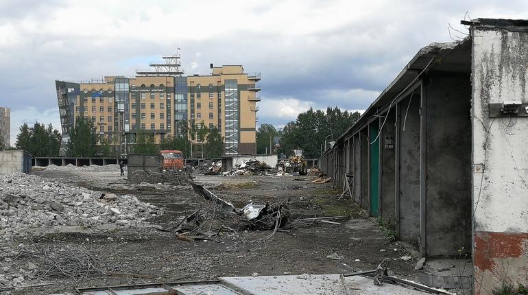 На Вербной улице начался снос гаражей