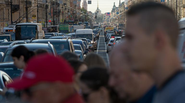 В этом году население Петербурга выросло на 13 тысяч