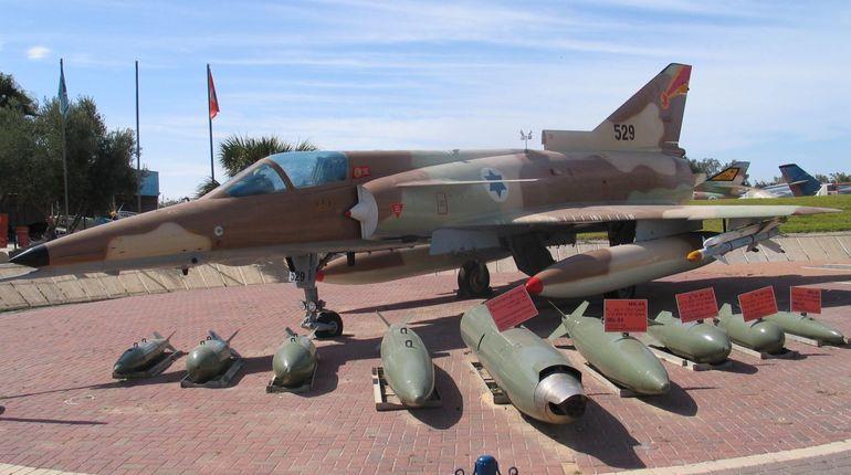 Армия Израиля отказалась комментировать сообщения о сбитом в Сирии самолете