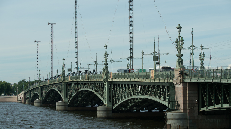 Троицкий мост из-за матча ЧМ разведут позже обычного