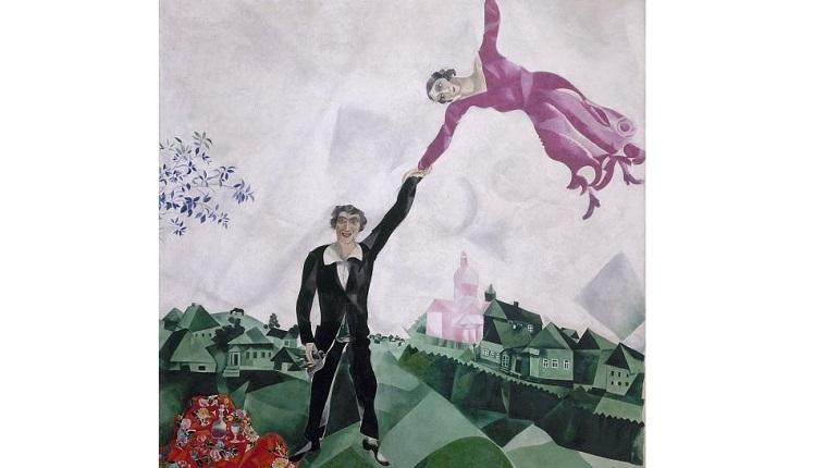 Сладкую «Прогулку» Шагала выставят в Летнем саду