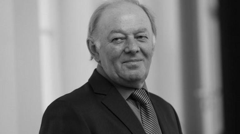 Скончался главный специалист по фонтанам Петергофа