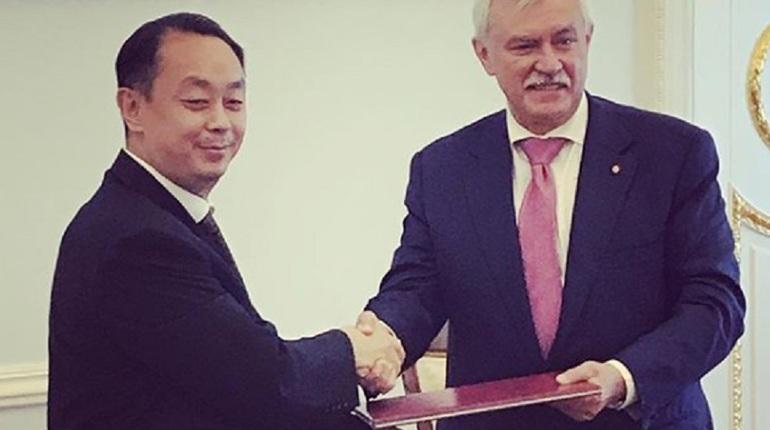 Полтавченко встретился с заместителем секретаря народного правительства китайского города Ухань, и они обсудили перспективы сотрундичества.