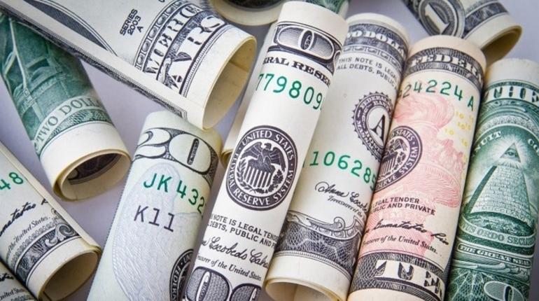 По данным компании Colliers International в Петербург в первом полугодии 2018-го вложили на 16% меньше, чем годом ранее. Винят курс рубля и геополитику.