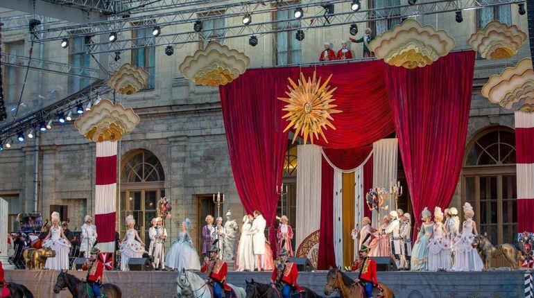 В Гатчине 13 июля стартует II фестиваль «Оперетта-парк». Его организует Санкт-Петербургский государственный театр музыкальной комедии и музей-заповедник «Гатчина».
