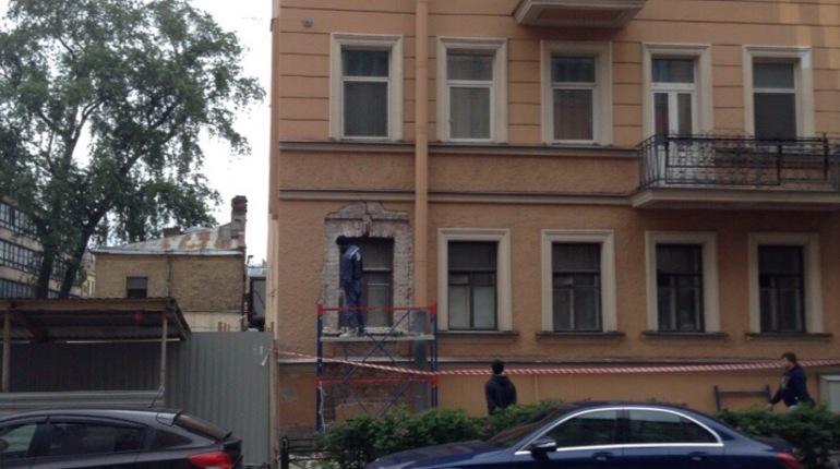 Очевидцы: дом на улице Александра Невского дал новую трещину