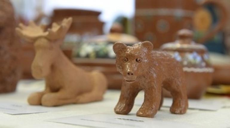 В Ленинградской области началось открытое голосование за бренд сувенирной продукции.