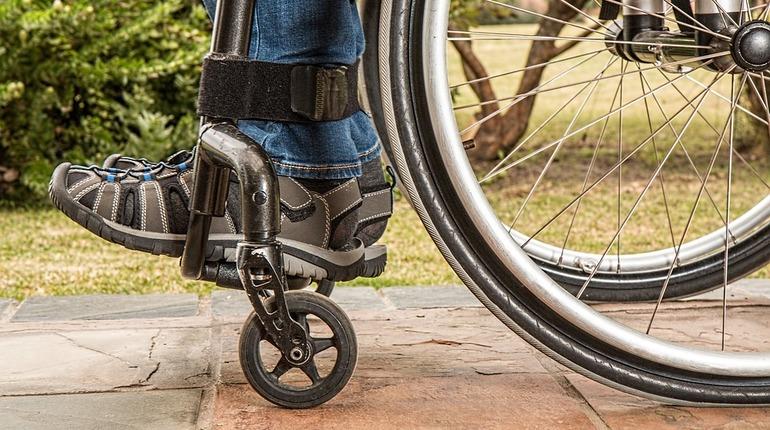 Путешественник проехал на инвалидной коляске от Петербурга до Владивостока