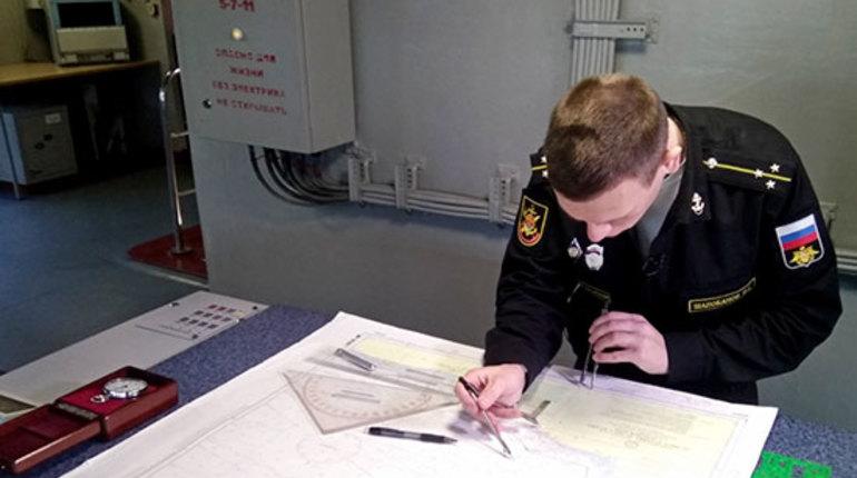 Корабли Северного флота спешат в Петербург