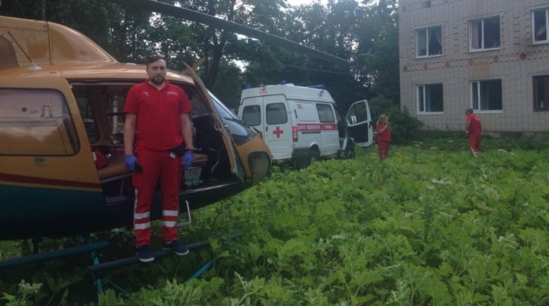 В Ленобласти срочно госпитализировали мужчину с ожогами