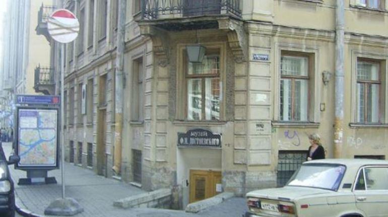 В музее Достоевского представят оригинальные картины Анны Федотовой