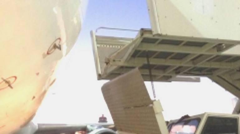 Техника из Пулково отправили под домашний арест по делу о падении ребенка с трапа
