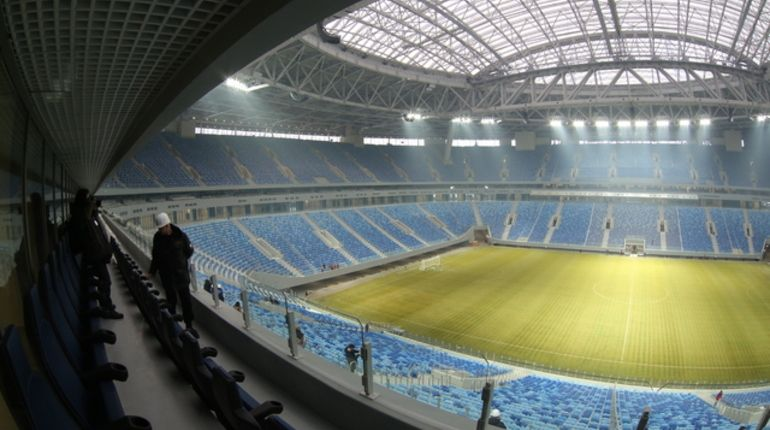 Мутко пообещал заменить газон на«Зенит-Арене»
