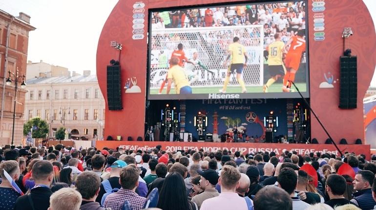 Фестиваль болельщиков ФИФА в Санкт-Петербурге за 32 дня Чемпионата мира по футболу посетили около 1 миллиона 303,5 тысяч человек.  Об этом сообщает пресс-служба фестиваля.
