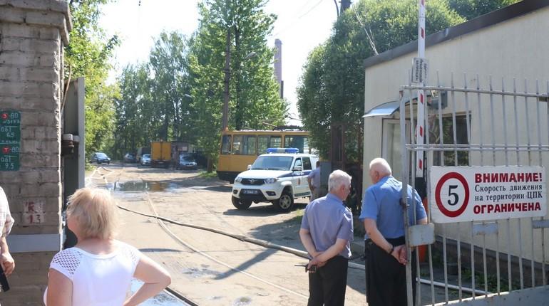 Сотрудники экстренных служб Петербурга по частям собирали тело погибшего от взрыва газа в промышленной зоне на Литовской улице, 11. Об этом корреспонденту