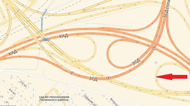 В Петербурге на кольцевой дороге на одну ночь закроют движение по съезду в районе развязки с ЗСД и Дачным проспектом. Водители не смогут воспользоваться дорогой с 22 часов 18 июля по 6 часов утра 19 июля.