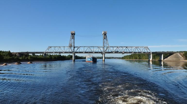 «Колу» перекроют из-за разводки моста через Свирь