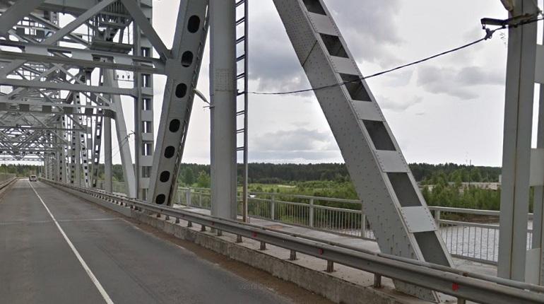 Мурманское шоссе на два часа закроют из-за разводки моста через Свирь