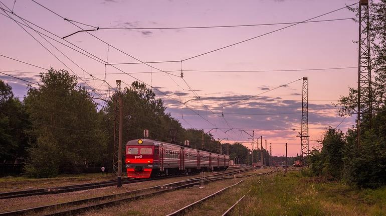 На День ВМФ в Петербурге увеличат количество электричек