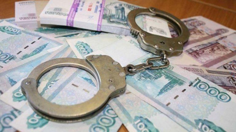 В Петербурге завели дело на папу, который пытался «отмазать» от тюрьмы подругу сына