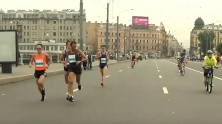 Финишировали участники «Белых ночей» на 10 км