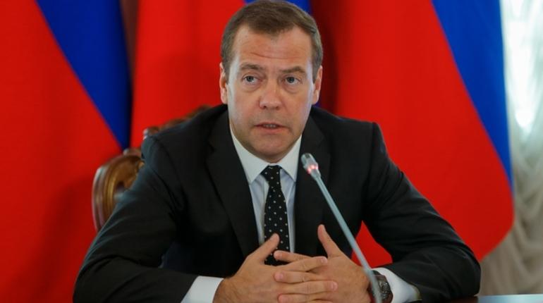 Медведев обрушился с критикой на чиновников Северного Кавказа