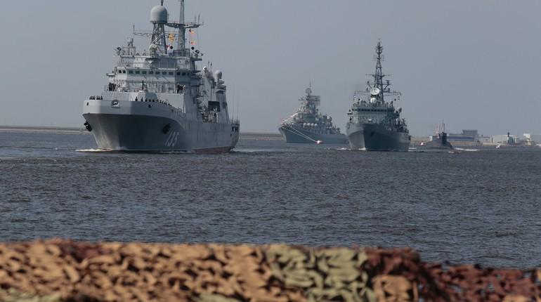 Почему Главный военно-морской парад проводится в Петербурге и Кронштадте