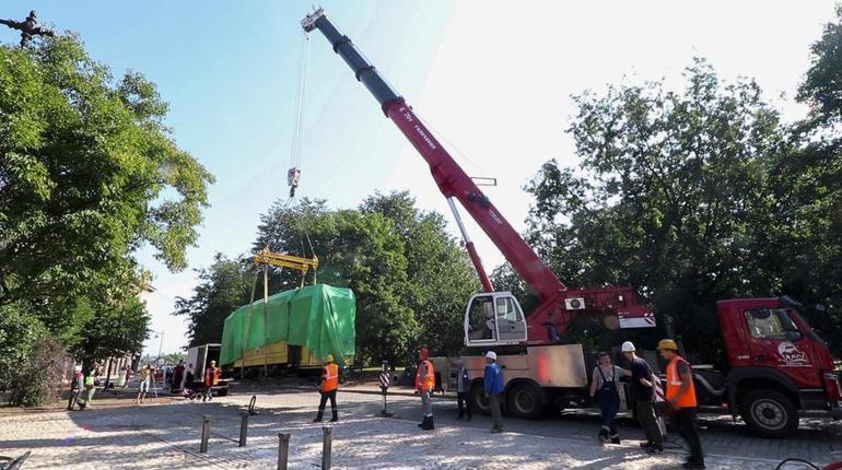 В Выборге появился памятник трамваю