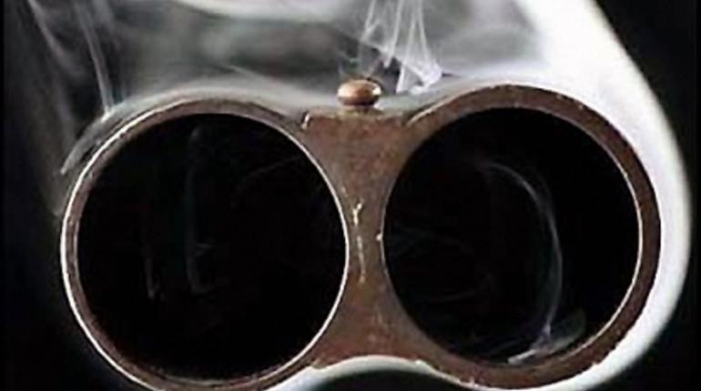 В Киришах полиция ехала разнимать родственников, а нашла мину