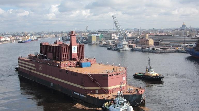 В плавучую АЭС «Академик Ломоносов» начали грузить топливо