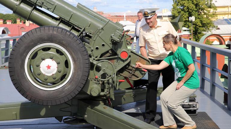 В Кронштадте восстановят традицию полуденного выстрела спустя 46 лет