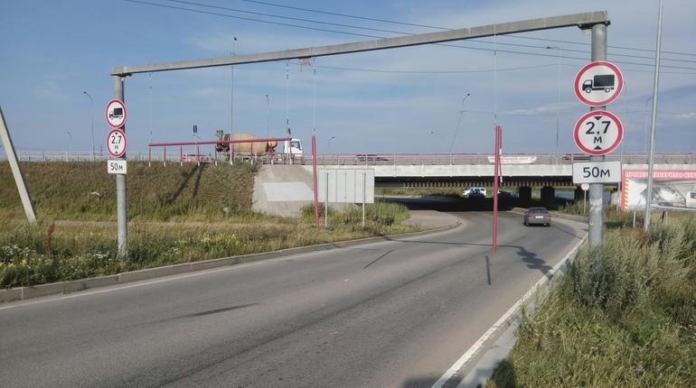 Жертвы моста глупости сломали ограничители высоты