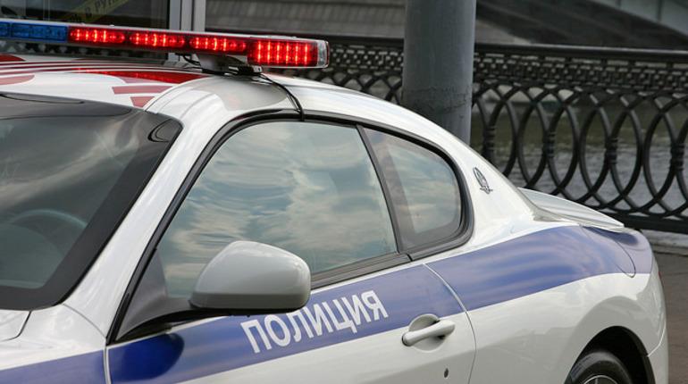 Сотрудники ДПС спасли петербурженку от похитителей