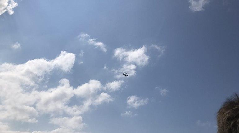 За митингом против пенсионной реформы в Петербурге следят с вертолета