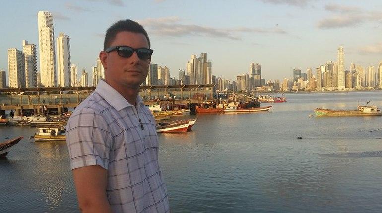 Учитель из Петербурга высказался об иске Рособрнадзора против него