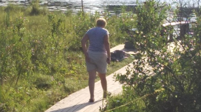На озере под Петербургом нашли труп