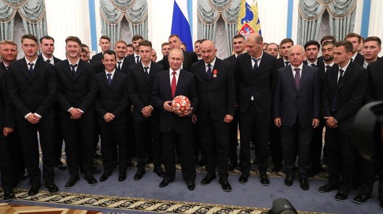 Спортсмены спорят, заслужили ли званий ЗМС российские футболисты