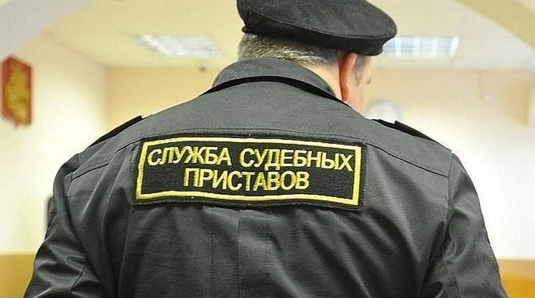 В Петербурге у должника забрали машину за долг в 25 млн рублей