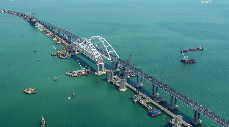ЕС ввел санкции против строителей Крымского моста