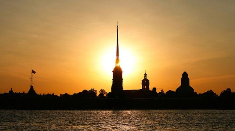 Петербург назвали одним из самых романтичных мест мира