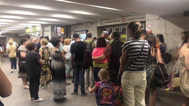 e4afee98 Безопасности пассажиров петербургского метрополитена ничего не угрожает. К  такому выводу пришли специалисты, которые почти
