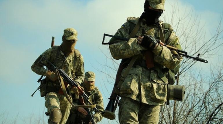 Экс-министр обороны рассказал о плачевном состоянии украинской армии