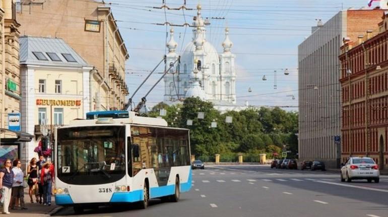 Троллейбусы возвращаются на Петровский остров после двух лет перерыва