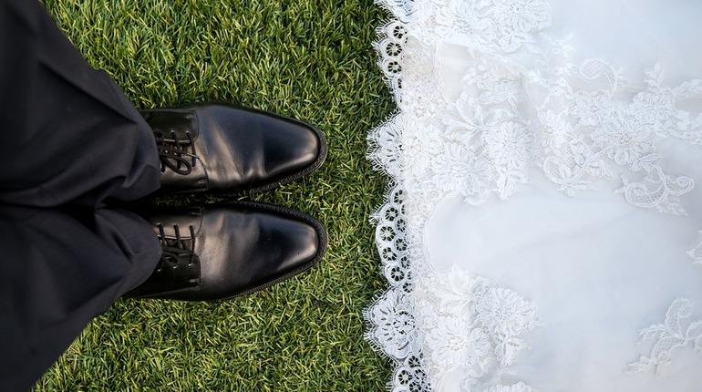В России хотят сделать брачный контракт обязательным для всех молодоженов