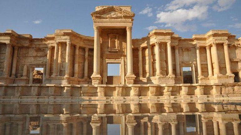 В Петербурге торжественно передали Сирии 3D-модель Пальмиры