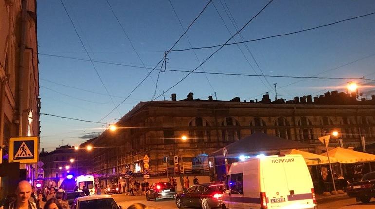 В пресс-службе МЧС РФ по Санкт-Петербургу сообщили подробности происшествия на Думской улице.